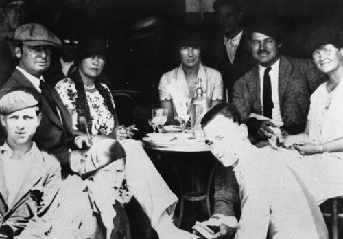 15.48_Hemingway _hadley _cafe
